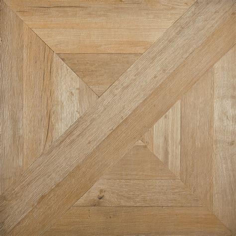 Italian tiles that look like assembled parquet panels