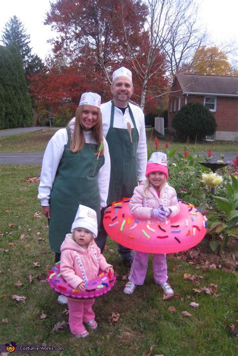 doughnuts   makers family halloween costume