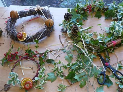 centerpieces made from nature deck the halls with decorations mabel