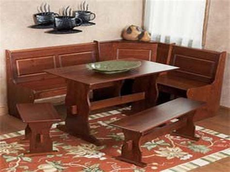 corner kitchen table 1000 ideas about corner kitchen tables on