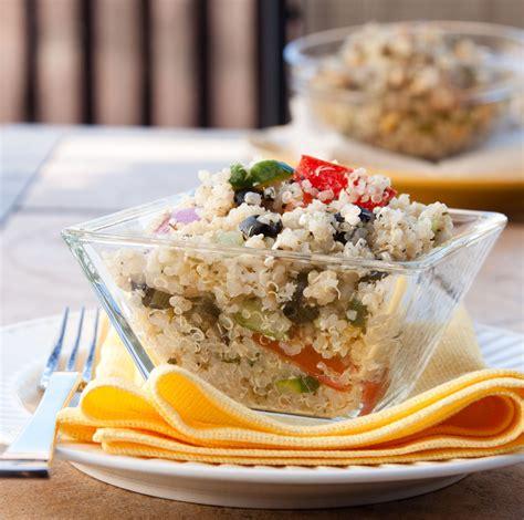 quinoa come cucinarla ricette alternative per l estate cos 232 la quinoa e come