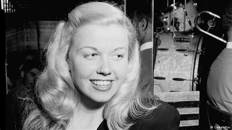 show me all hair styles of doris day doris day s most iconic roles all media content dw