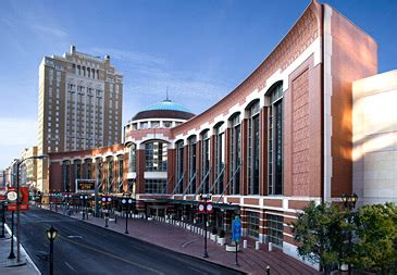 low cost hotel downtown st louis city center near the gateway arch st louis business meeting room venues marriott st louis grand