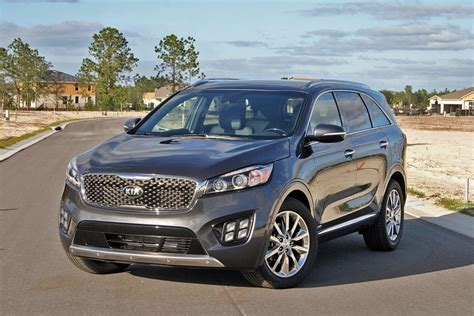 kia sorento top speed 2017 kia sorento sxl driven review top speed