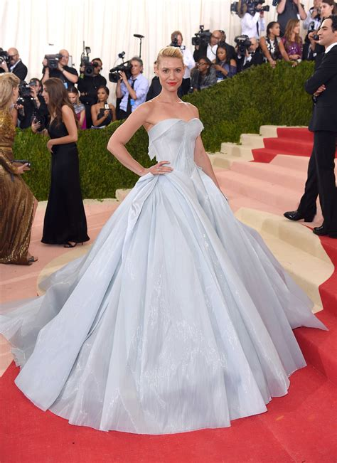 claire danes vestido zac posen claire danes zac posen met gala gown ruined the furniture