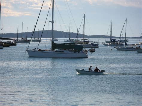 boat mooring airlie beach free stock photo 3410 pioneer bay moorings freeimageslive