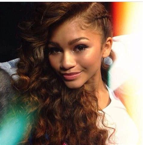 Zendaya Hairstyles Braids | one side braid braids locs twist and more pinterest