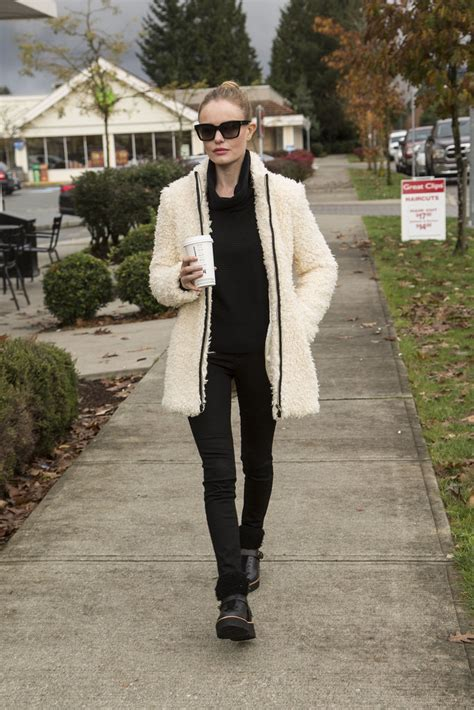 Kate Bosworth Still Wearing by Get Kate Bosworth S Cozy Shearling Jacket Fashion
