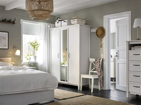 Decorated Living Rooms Wardrobe Cupboards
