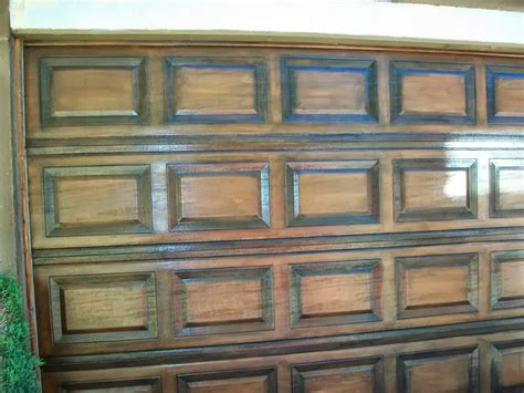 Decor Garage Doors by Decor Faux Wood Garage Doors Painting In Faux Wood
