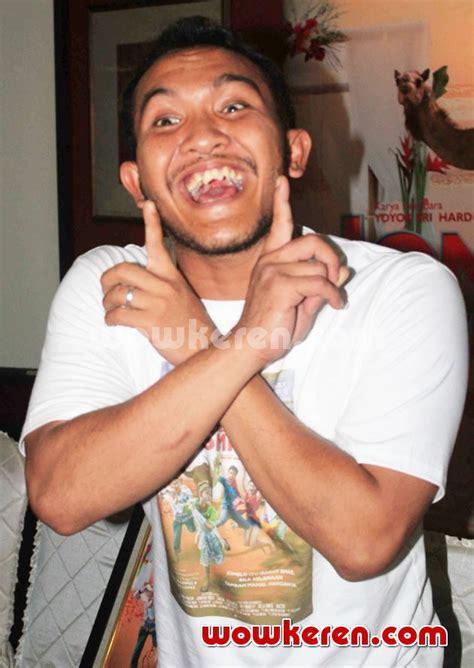 trailer film jomblo keep smile foto caisar di jumpa pers film jomblo keep smile foto