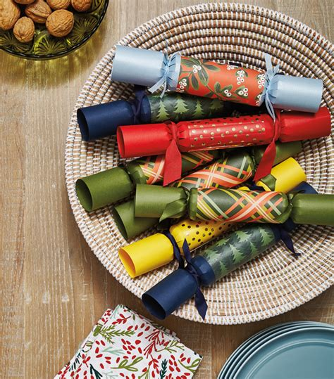 diy custom christmas crackers amazing decor ideas for