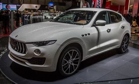 maserati jeep 2017 2017 maserati levante official photos and info news