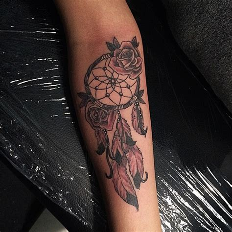 36 dreamcatcher with roses tattoos ideas