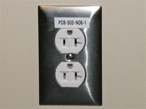 file electrical outlet with label jpg wikimedia commons
