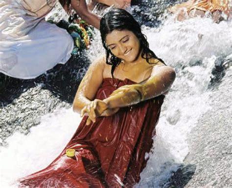indian girl bathing in bathroom indian girl bathing in bathroom 28 images hindu woman taking morning bath in the