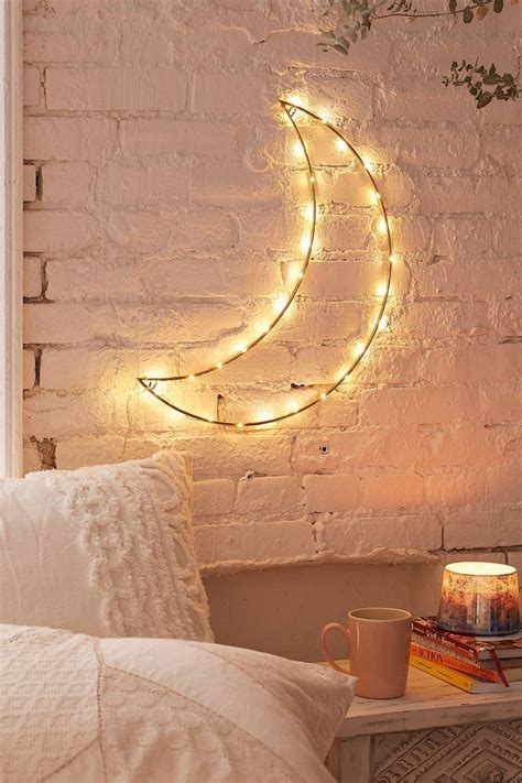 Moon Light For Bedroom 25 Best Ideas About Neon Bedroom On Pinterest Lights Artist Globe And World Office