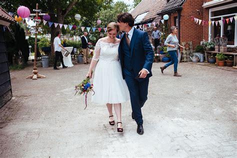 welke kleur draagt moeder van de bruid janko en christel laurie karine de fotograaf