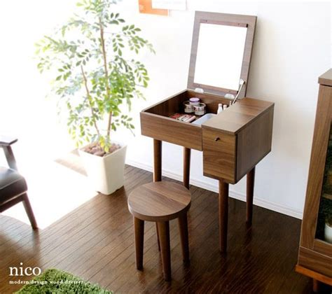 Small Vanity Desk Best 25 Small Vanity Table Ideas On Small Bedroom Vanity Small Dressing Table And