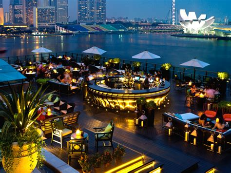 bar on top of marina bay sands an insider s guide to singapore travels with bird knoll