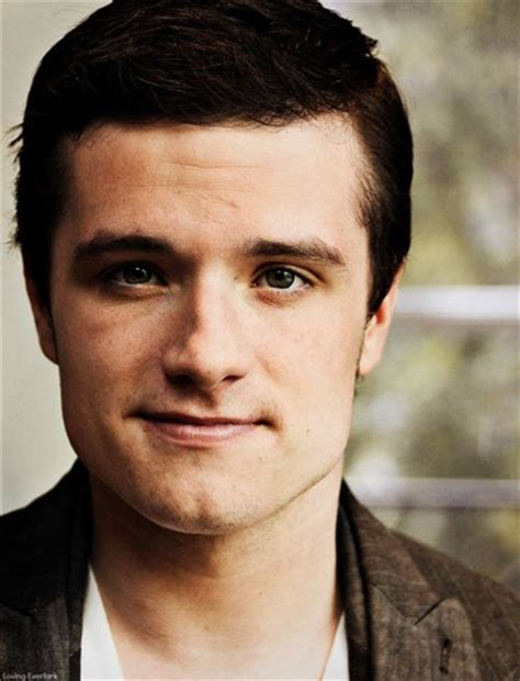 josh hutcherson eye color josh josh hutcherson photo 33437975 fanpop