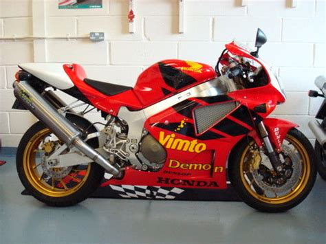 Limited Tangki Honda Win road new 2002 joey dunlop rc51 in the uk