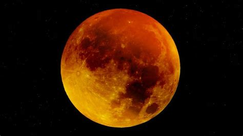 does new year occur in australia the blue blood moon eclipse in 152 years will