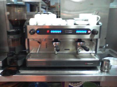Mesin Kopi Rancilio lihataku pengalaman membuat latte