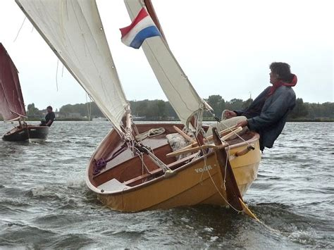scherp aan de wind varen 4 hoekige zeilen oar and sail