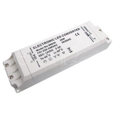 Trafo Led elektronischer trafo 30 watt f 252 r 12v led