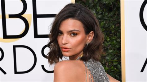 golden globes hair makeup was all about the drama golden globes best beauty hair and make up 2017