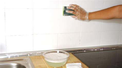 solucao economica  renovar os azulejos  banheiro ou