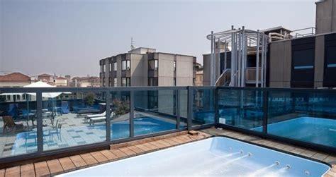 hotel torino con vasca idromassaggio hotel con piscina sul terrazzo torino centro