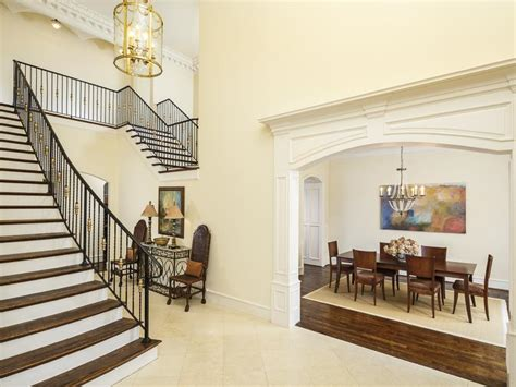 56 beautiful and luxurious foyer designs 56 beautiful and luxurious foyer designs page 11 of 11