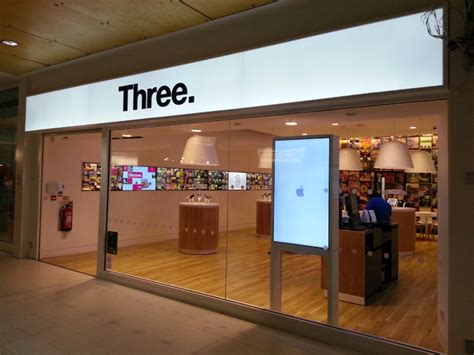 3 mobile store three to rebrand 70 more stores by year end mobile news