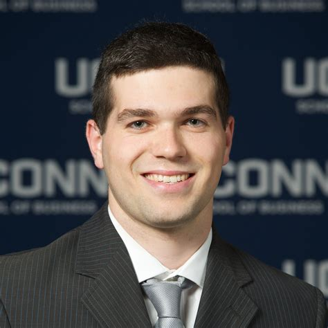 Mba Connecticut by Zachary Pinchover Uconn Mba Program