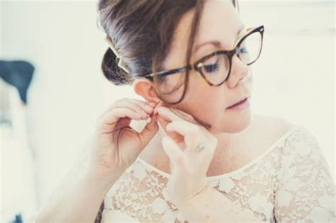 Wedding Hairstyles With Glasses by Brides With Glasses How To Rock Specs At Your Wedding