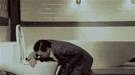 snoop dogg bathtub irti funny gif 7553 tags psy toilet being sick snoop dogg dancing in the bath