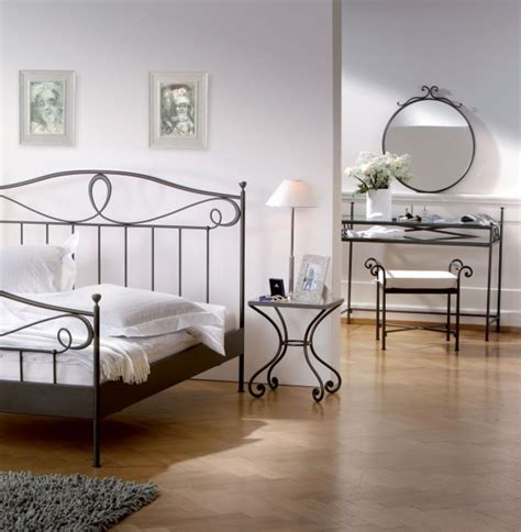 Iron Bedroom Sets by Fantastically Wrought Iron Bedroom Furniture