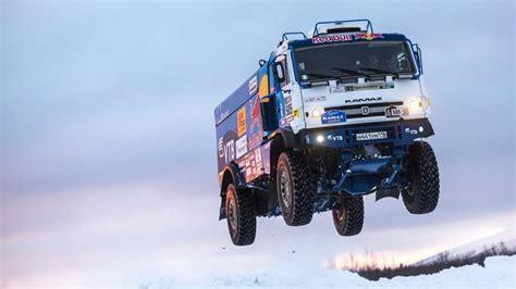 tonluk rus kamyonu kamaz ile nefes kesen ucus