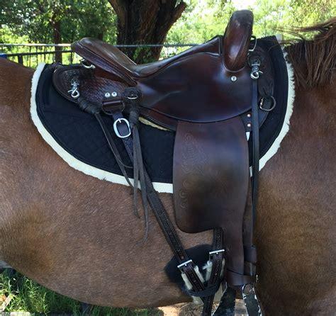 best saddles sheepskin endurance skirt saddle pad
