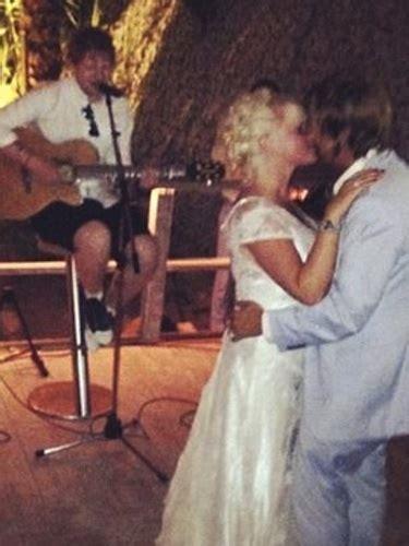 Ed Sheeran becomes a wedding singer for best friend