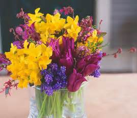Flowers To Give - flower arrangements for spring p allen smith