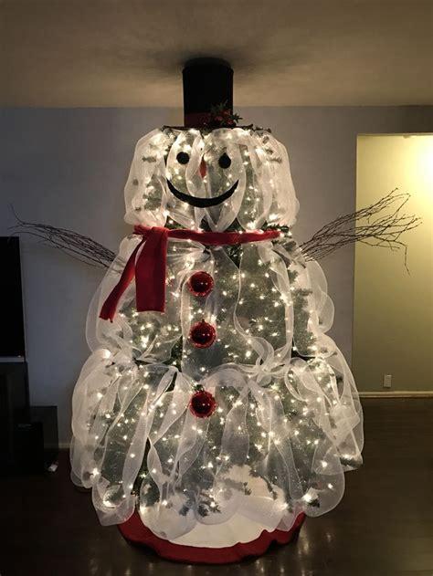 frosty snowman christmas tree ideas best 25 snowman tree ideas on snowman decorations mesh tree