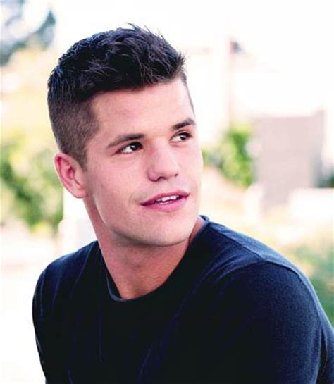 max carver 2018 haircut beard eyes weight