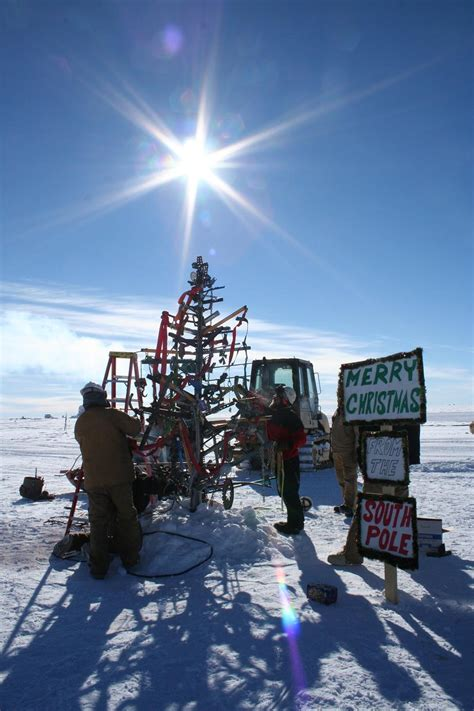 south pole christmas tree ice stories dispatches  polar scientists