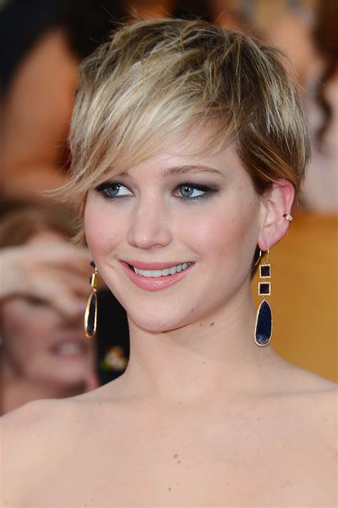 jennifer lawrence hair co or for two toned pixie trendy hair highlights for 2017 haircuts and hairstyles