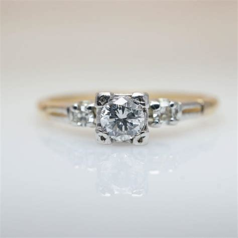 deco ring 1940s engagement ring vintage