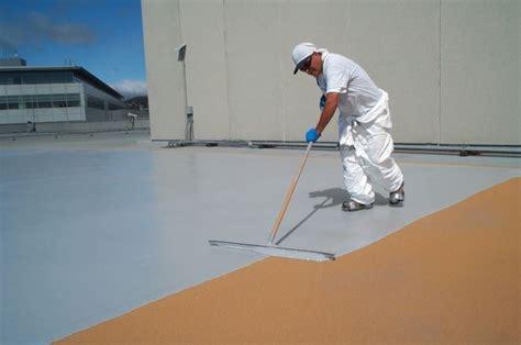 materiale impermeabilizzante per terrazzi guaina impermeabilizzante materiali come applicare la