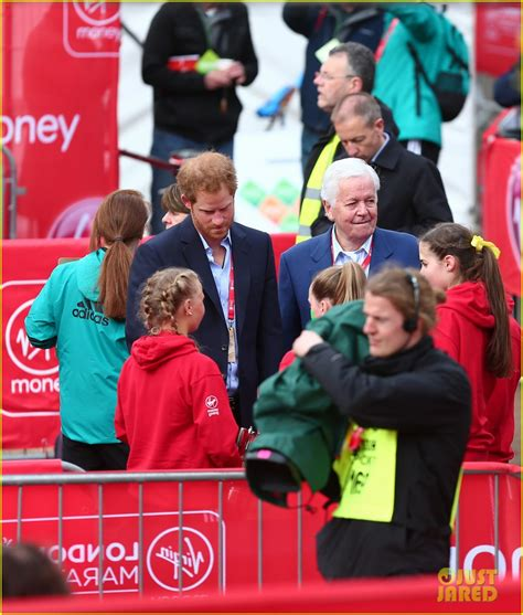kate middleton and prince william at marathon pictures full sized photo of prince harry 2016 london marathon 01